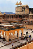 Vue de la quatrième cour en Amber Fort près de Jaipur, Rajastha Photographie stock