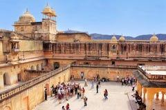 Vue de la quatrième cour en Amber Fort près de Jaipur, Rajastha Image stock
