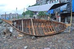 Vue de la rivière de Buriganga au bateau images libres de droits