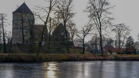 Vue de la rivière sur le ¼ CK, tersloh de ¼ de Kreis GÃ, Nordrhein-Westfalen, Deutschland/Allemagne de Schloss Rheda - de Rheda-W Image stock