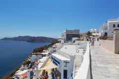Vue de la rue à Oia dans Santorini Photographie stock