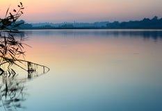 Vue de la surface calme Ukraine de l'eau Images stock