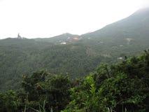 Vue de la traînée de Lantau près du cinglement de Ngong, île de Lantau, Hong Kong image libre de droits