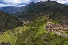 Vue de la vallée sacrée dans Pisac Images stock