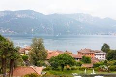 Vue de lac Como et de ville de Bellagio Photo libre de droits