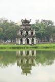 Vue de lac Hoan Kiem image stock