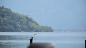 Vue de lac mountain banque de vidéos