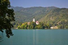 Vue de lac saignée, Slovénie Photo stock
