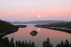 Vue de Lake Tahoe de compartiment vert Photos libres de droits
