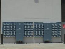 Vue de large échelle de banque de mètre électrique Image libre de droits