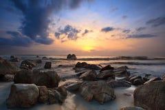 Vue de lever de soleil au bord de la mer Kuantan Malaisie Images libres de droits