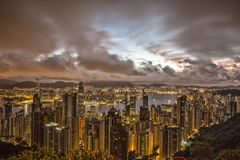 Vue de lever de soleil chez Victoria Peak en Hong Kong Photo stock