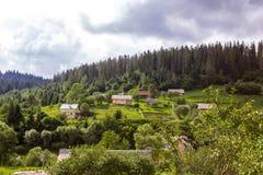 Vue de maison traditionnelle de village en Ukraine, l'Europe photo libre de droits