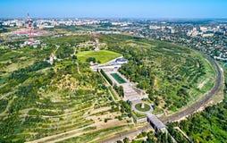 Vue de Mamayev Kurgan, une colline avec un complexe commémoratif commémorant la bataille de Stalingrad Volgograd, Russie photographie stock libre de droits