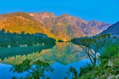Vue de matin des montagnes Photo stock
