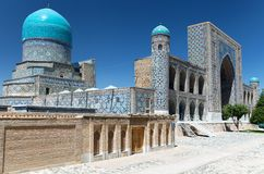 Vue de medressa de Tilla-Kari - Registan - Samarkand Photo libre de droits
