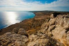 Vue de mer au-dessus de la roche Images libres de droits