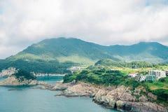 Vue de mer et d'île d'observatoire de Sinseondae dans Geoje, Corée Images libres de droits