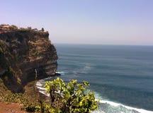 Vue de mer de montagnes et de paysages image libre de droits