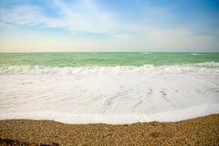 Vue de mer de plage des Di Orlando de capo avec ses plages sur la côte du nord de la Sicile, Italie image stock
