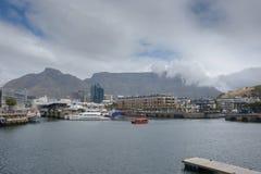 Vue de montagne de Tableau du bord de mer de V&A Photographie stock