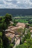 Vue de Moustiers Sainte-Marie, village traditionnel de la Provence Image stock