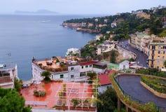 Vue de Naples et de l'île de Capri photo stock
