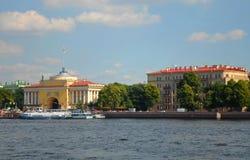 Vue de Neva River dans le St Petersbourg Image stock
