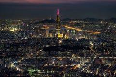 Vue de nuit au-dessus de Séoul Photos stock