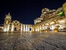 Vue de nuit d'église de San Pietro Caveoso, Sassi di Matera, le sien photo stock