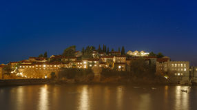 Vue de nuit d'île de Sveti Stefan Photographie stock