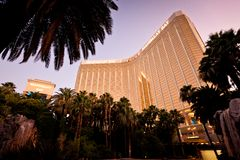 Vue de nuit d'hôtel de compartiment de Mandalay à Las Vegas Images libres de droits