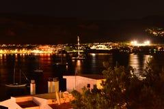 Vue de nuit d'hôtel sur le Palmanova Majorque Photo stock