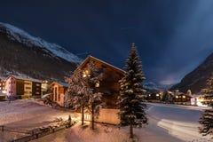 Vue de nuit d'hiver de la vallée de tasch Photo libre de droits