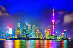 Vue de nuit d'horizon sur la nouvelle région de Pudong, Changhaï Photographie stock