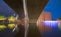 Vue de nuit dans Katowice, Pologne/paysage photos stock