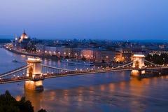 Vue de nuit de centre juste de Budapest. Photo libre de droits