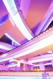 Vue de nuit de Changhaï de beau viaduc d'omnibus Photos libres de droits