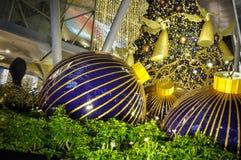 Vue de nuit de décoration de Noël à la route de verger de Singapour Images stock