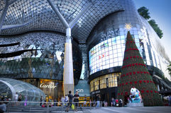 Vue de nuit de décoration de Noël à la route de verger de Singapour Images libres de droits
