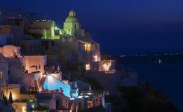 Vue de nuit de Fira, Santorini Photos libres de droits