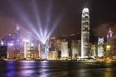 Vue de nuit de Hong Kong de Victoria Harbor, Photos stock