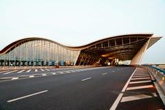 Vue de nuit de l'aéroport Photographie stock