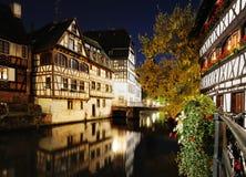 Vue de nuit de la petite France Image stock