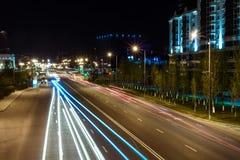 Vue de nuit de la rue Orynbor Photos stock