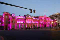Vue de nuit de palais présidentiel, maison Rosada, Chambre rose à Buenos Aires Photo stock