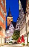 Vue de nuit de petit centre de ville bavarois Photographie stock