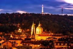 Vue de nuit de Prague, moins Photos libres de droits