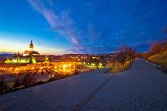 Vue de nuit de tombeau et de calvaire de Marija Bistrica photos stock