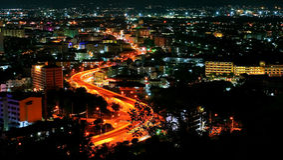 Vue de nuit de ville de Pattaya, Thaïlande Photo libre de droits